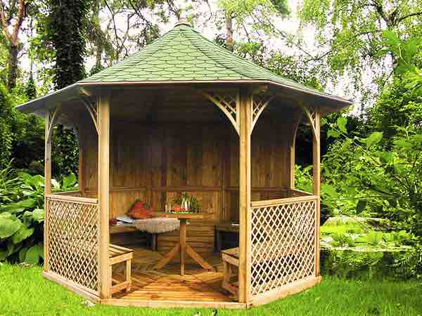 Gazebos & Canopies